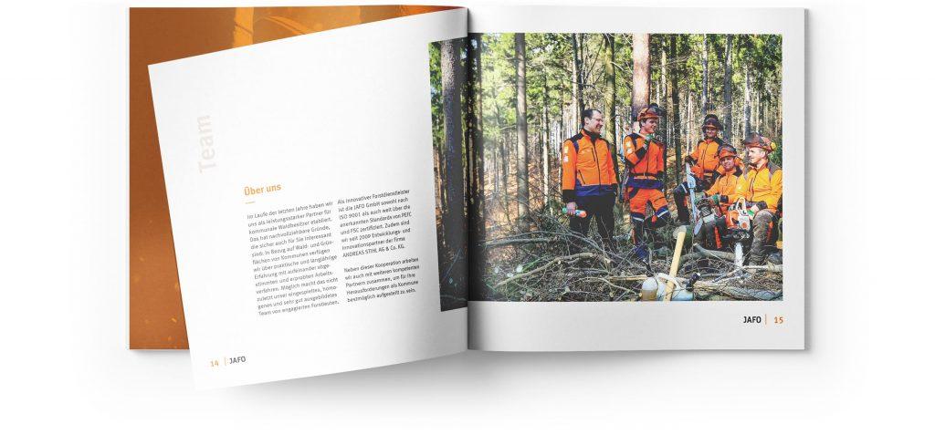 Gestaltung Broschüre Editorial
